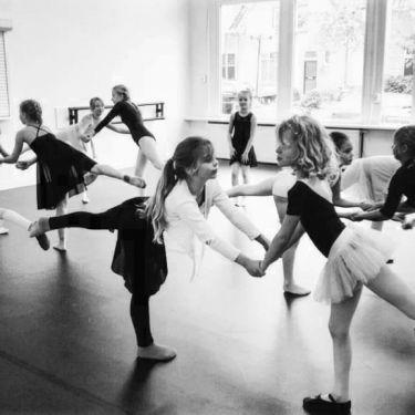 Dansen bij Dance Company 058